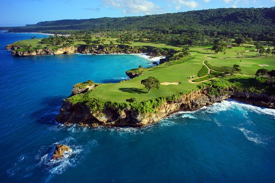 Caribbean's 12 Best Golf Communities