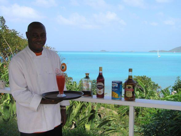 Dennis' Cocktail Bar in Antigua