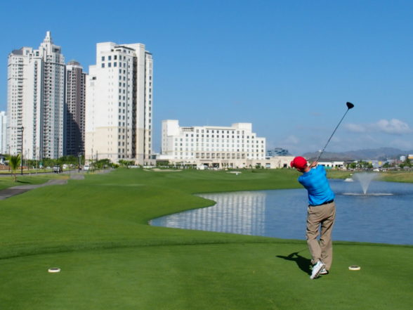 Sky's the Limit for Panama Golf